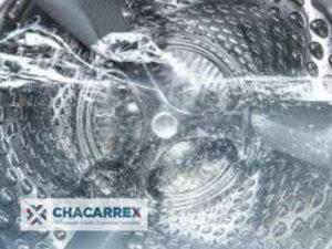 Agua caliente sanitaria para el lavado de ropa en lavadora